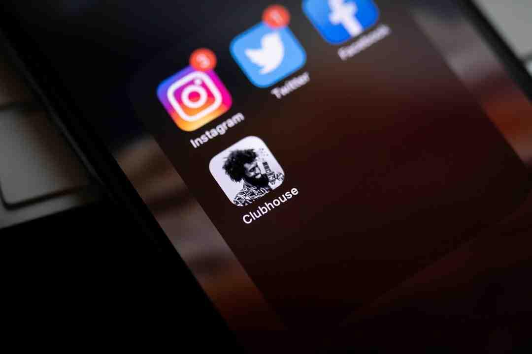 Comment connecter à Instagram via Facebook ?